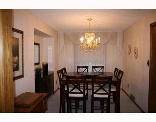 Photo 3: 40 ATTACHE Drive in WINNIPEG: West Kildonan / Garden City Residential for sale (North West Winnipeg)  : MLS®# 2810012