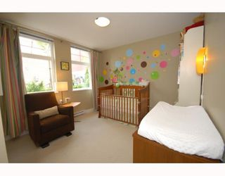 Photo 8: 2294 St. George Street in Vancouver: Mount Pleasant VE Townhouse for sale (Vancouver East)  : MLS®# V748597