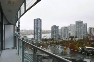 """Photo 9: 1602 89 NELSON Street in Vancouver: Yaletown Condo for sale in """"The ARC"""" (Vancouver West)  : MLS®# R2415303"""