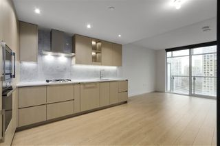 """Photo 2: 1602 89 NELSON Street in Vancouver: Yaletown Condo for sale in """"The ARC"""" (Vancouver West)  : MLS®# R2415303"""