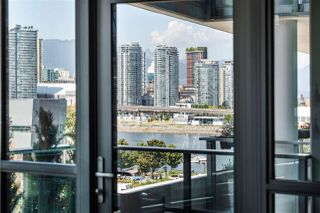 """Photo 17: 605 1688 PULLMAN PORTER Street in Vancouver: Mount Pleasant VE Condo for sale in """"NAVIO AT THE CREEK"""" (Vancouver East)  : MLS®# R2416490"""