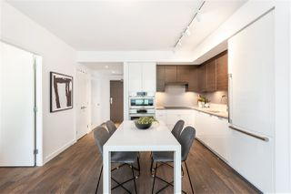 """Photo 10: 605 1688 PULLMAN PORTER Street in Vancouver: Mount Pleasant VE Condo for sale in """"NAVIO AT THE CREEK"""" (Vancouver East)  : MLS®# R2416490"""
