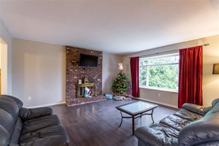 Photo 2: 12252 GEE Street in Maple Ridge: East Central House for sale : MLS®# R2425850