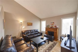 Photo 7: 75 MILLRISE Crescent SW in Calgary: Millrise Detached for sale : MLS®# C4299889