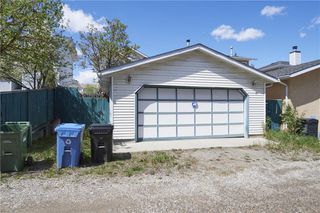 Photo 18: 75 MILLRISE Crescent SW in Calgary: Millrise Detached for sale : MLS®# C4299889