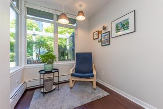 """Photo 4: TH15 63 KEEFER Place in Vancouver: Downtown VW Townhouse for sale in """"EUROPA"""" (Vancouver West)  : MLS®# R2477019"""