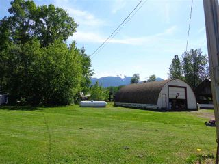Photo 5: 3205 CRESCENT LAKE Road in McBride: McBride - Rural West House for sale (Robson Valley (Zone 81))  : MLS®# R2480685