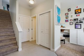 Photo 4: 122 2802 Kings Heights Gate SE: Airdrie Row/Townhouse for sale : MLS®# A1041421
