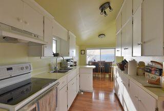 Photo 6: 5411 SELMA PARK Road in Sechelt: Sechelt District House for sale (Sunshine Coast)  : MLS®# R2525780