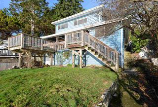 Photo 3: 5411 SELMA PARK Road in Sechelt: Sechelt District House for sale (Sunshine Coast)  : MLS®# R2525780
