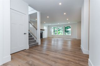"Photo 3: 5965 RIVERSIDE Street in Abbotsford: Matsqui House for sale in ""MATSQUI VILLAGE"" : MLS®# R2526919"
