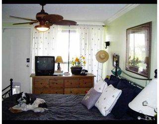 """Photo 7: 117 9300 GLENACRES Drive in Richmond: Saunders Condo for sale in """"SHARON GARDENS"""" : MLS®# V639161"""