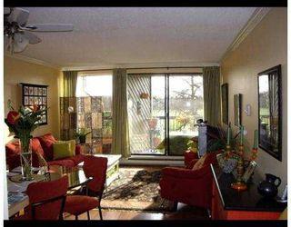 """Photo 2: 117 9300 GLENACRES Drive in Richmond: Saunders Condo for sale in """"SHARON GARDENS"""" : MLS®# V639161"""
