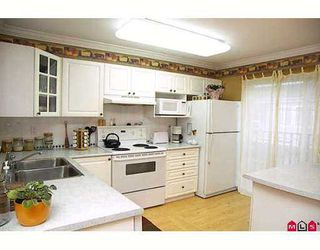 "Photo 4: 59 8930 WALNUT GROVE Drive in Langley: Walnut Grove Townhouse for sale in ""Highland Ridge"" : MLS®# F2709012"