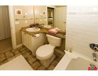 "Photo 9: 31 16760 61ST Avenue in Surrey: Cloverdale BC Townhouse for sale in ""Harvest Landing"" (Cloverdale)  : MLS®# F2729006"