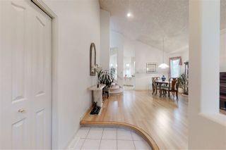 Photo 2: 723 HENDRA Crescent in Edmonton: Zone 14 House for sale : MLS®# E4170178