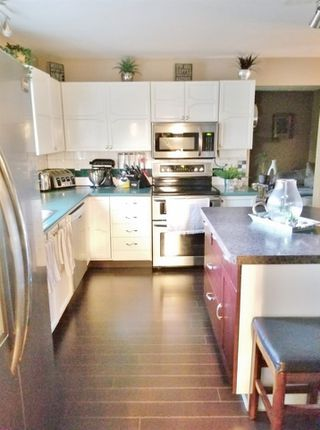 Photo 5: 5209 39B Avenue in Edmonton: Zone 29 House for sale : MLS®# E4172244