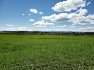 Photo 1: W: 5 R: 4 T: 24 S: 22 Q: Northeast: Land for sale (Rural Rocky View County)  : MLS®# C4293551