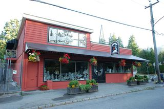 "Photo 23: 201 1111 LYNN VALLEY Road in North Vancouver: Lynn Valley Condo for sale in ""The Dakota"" : MLS®# R2506817"