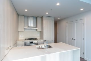 """Photo 8: 3501 2311 BETA Avenue in Burnaby: Brentwood Park Condo for sale in """"LUMINA WATERFALL"""" (Burnaby North)  : MLS®# R2524920"""