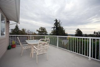 Photo 11: 1282 Geric Pl in Victoria: Residential for sale : MLS®# 269222