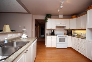 Photo 5: 1282 Geric Pl in Victoria: Residential for sale : MLS®# 269222