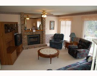 Photo 5: 12193 MAKINSON Street in Maple_Ridge: Northwest Maple Ridge House for sale (Maple Ridge)  : MLS®# V656911