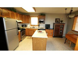 Photo 5: 66 Glenacres Crescent in Winnipeg: Residential for sale : MLS®# 1109680