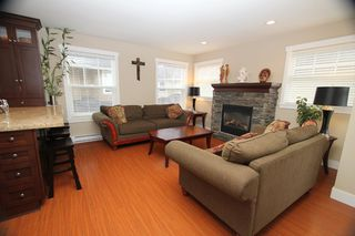 Photo 3: West Ladner Spacious 3 or 4 Bedroom Townhome