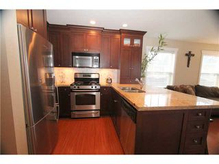 Photo 2: West Ladner Spacious 3 or 4 Bedroom Townhome