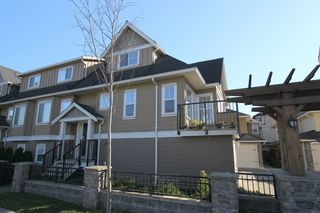 Photo 10: West Ladner Spacious 3 or 4 Bedroom Townhome