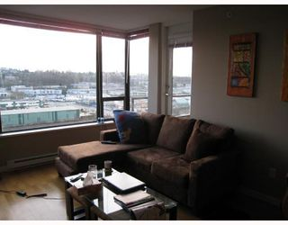 "Photo 6: 1105 4178 DAWSON Street in Burnaby: Central BN Condo for sale in ""TANDEM"" (Burnaby North)  : MLS®# V683473"