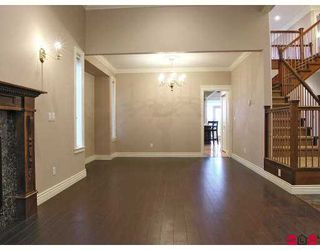 """Photo 5: 7975 170A Street in Surrey: Fleetwood Tynehead House for sale in """"None"""" : MLS®# F2704276"""