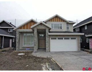 """Photo 2: 7975 170A Street in Surrey: Fleetwood Tynehead House for sale in """"None"""" : MLS®# F2704276"""
