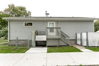 Photo 3: 11903 66 Street NW in Edmonton: Zone 06 House for sale : MLS®# E4166519
