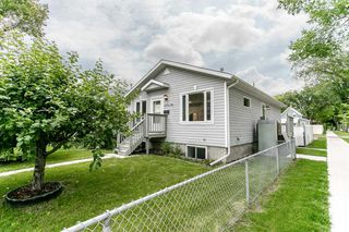 Photo 2: 11903 66 Street NW in Edmonton: Zone 06 House for sale : MLS®# E4166519