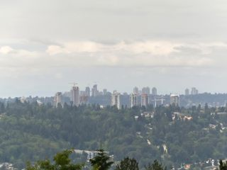 """Photo 12: 208 ASPENWOOD Drive in Port Moody: Heritage Woods PM House for sale in """"Heritage Woods"""" : MLS®# R2396270"""