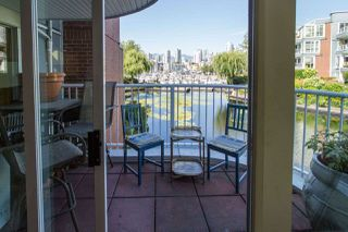 Photo 10: 1523 MARINER WALK in Vancouver: False Creek Townhouse for sale (Vancouver West)  : MLS®# R2367455