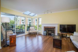 Photo 3: 1523 MARINER WALK in Vancouver: False Creek Townhouse for sale (Vancouver West)  : MLS®# R2367455