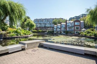 Photo 12: 1523 MARINER WALK in Vancouver: False Creek Townhouse for sale (Vancouver West)  : MLS®# R2367455