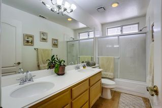 Photo 18: OCEANSIDE House for sale : 5 bedrooms : 4679 Spinnaker Bay Court