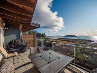 Photo 26: 5398 WAKEFIELD BEACH Lane in Sechelt: Sechelt District Townhouse for sale (Sunshine Coast)  : MLS®# R2421735