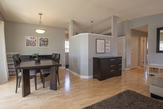Photo 6: 51 Sandrington Drive in Winnipeg: River Park South Residential for sale (2E)  : MLS®# 202008929