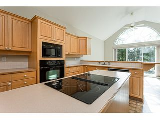 "Photo 8: 18 4001 OLD CLAYBURN Road in Abbotsford: Abbotsford East Townhouse for sale in ""Cedar Springs"" : MLS®# R2469026"