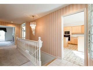 """Photo 5: 18 4001 OLD CLAYBURN Road in Abbotsford: Abbotsford East Townhouse for sale in """"Cedar Springs"""" : MLS®# R2469026"""