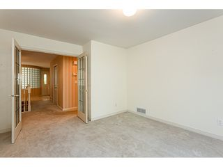 """Photo 21: 18 4001 OLD CLAYBURN Road in Abbotsford: Abbotsford East Townhouse for sale in """"Cedar Springs"""" : MLS®# R2469026"""