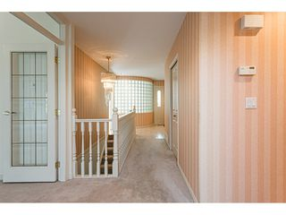 """Photo 4: 18 4001 OLD CLAYBURN Road in Abbotsford: Abbotsford East Townhouse for sale in """"Cedar Springs"""" : MLS®# R2469026"""