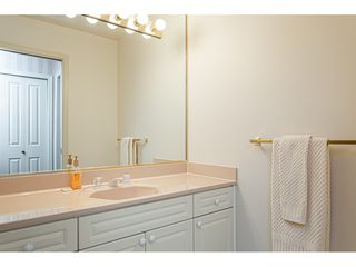 """Photo 29: 18 4001 OLD CLAYBURN Road in Abbotsford: Abbotsford East Townhouse for sale in """"Cedar Springs"""" : MLS®# R2469026"""