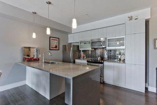 Photo 7: 405 10030 83 Avenue in Edmonton: Zone 15 Condo for sale : MLS®# E4205494