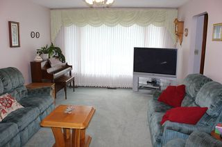 Photo 11: 4926 53 Ave: Elk Point House for sale : MLS®# E4207064